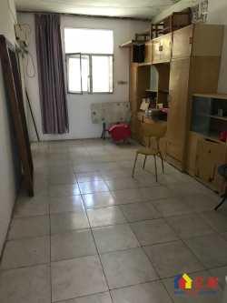 江岸区 解放公园路沈阳路小学对面 塘新村 1室2厅1卫  40㎡