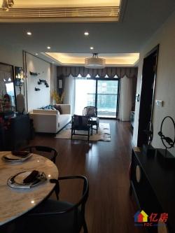 东湖高新区 新房在售 精装4房南北通透 改善型住宅 一步到位