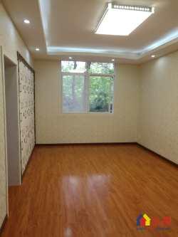 对口育才一小学位房 花惠社区 二楼 三室一厅 精装修 采光好 房型方正 小区环境 有钥匙随时看房