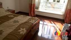 东西湖区 金银湖 万科四季花城 4室2厅2卫  156㎡,精装退台一楼带花园洋房出售!