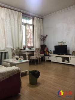 东湖路▆ 楚天丽园暖气三房▆ 一楼带大院子▆ 满五唯一 诚意出售
