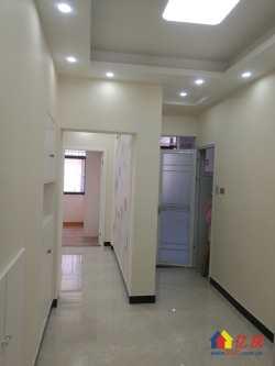 地铁8号线 竹叶新村 中间楼层 精致二室一厅 房型方正 紧凑 朝南明亮 直接入住