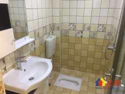 联合社区 汉口医院旁 97万低总价 4楼精致小两室 两证齐全