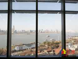 绿地西兰蒂亚636公馆:滨江公馆一线江景总裁式公寓依江而建