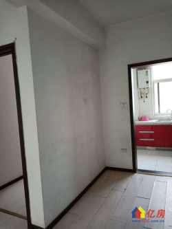 杨春湖景苑3室2厅1卫 96平 153万 中装 个税 有钥匙