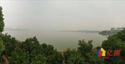 南湖山庄半岛花园 一线湖湖景房 直线湖边距离30米   带院子 带车位