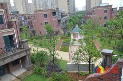 奥特莱斯,艺墅联排别墅使用面积396平,双车库,带花园