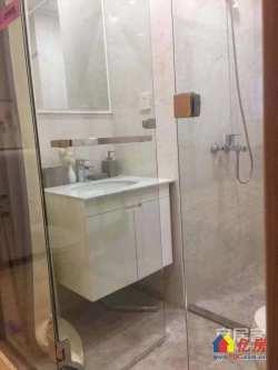 光谷区域 铂顿国际公寓 稳投 出租月2500 超低首付十万
