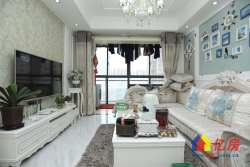 兰亭都荟,老证豪装三房,中间楼层,业主诚心出售。