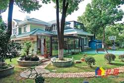 可以踢足球的院子 F天下351平精装独栋别墅.花园占地1千平