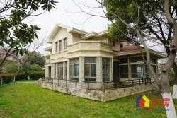 F天下占地910平两层结构独栋别墅 证满五年 花园平整