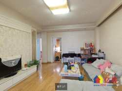 光谷坐标城:精装+真图+满2年+标准三房+中间楼层