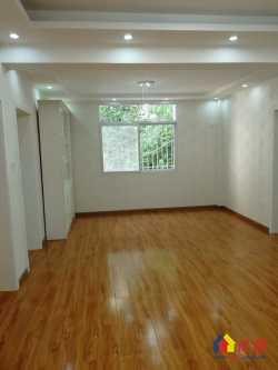 地铁八三七交汇 惠西小区旁 中行宿舍低层精装大三房 有钥匙