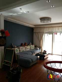 锦绣龙城小三房出售 158万净得 单价1.5 有钥匙 急售,