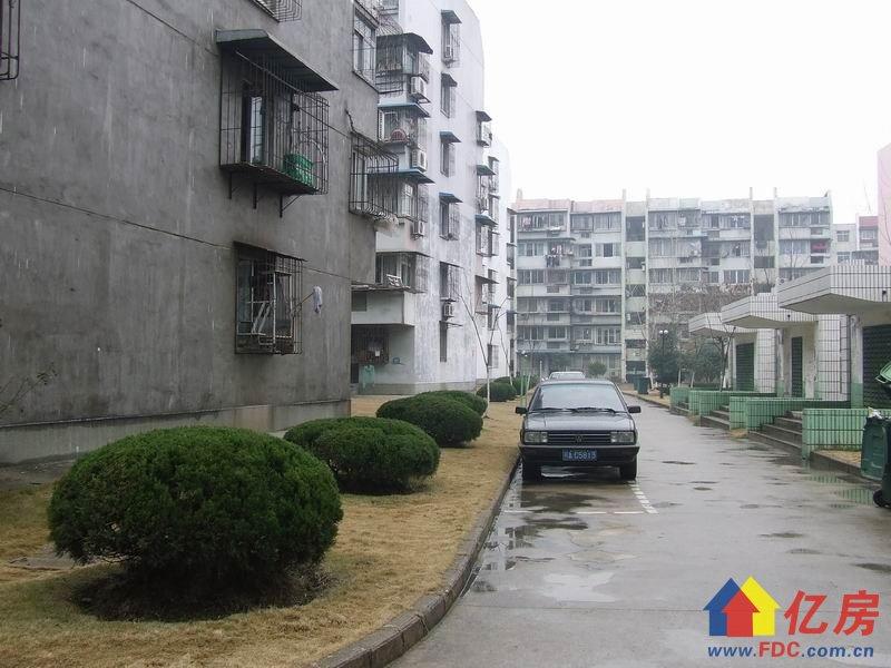 常青花园1村对口常青一小,便宜卖回家过年,随时看房,武汉东西湖区常青花园香樟一路16二手房2室 - 亿房网
