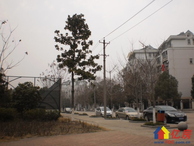 临地铁 老证有学位 1房朝南 通透户型 看房有钥匙,武汉东西湖区常青花园张公堤外机场路旁二手房1室 - 亿房网