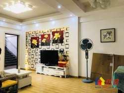 云林街颐园公寓,南北通透,3房3厅精装修,绿化蛮好空气清新,