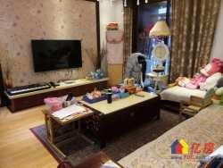 东西湖区 金银湖 金湖天地 4室2厅2卫  127.47㎡,地铁口,精装大平层,赠送面积大。