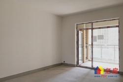 纯毛坯 南北通透 小区中间位置 卖房诚意出售 随时看房