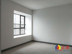 汉口城市广场七期,156平,南北通透大四房,诚心急售随时看房