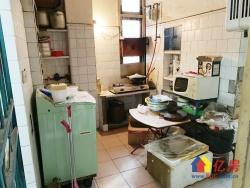 崇仁路地铁口 3506社区 中间楼层 南北两房 简单装修