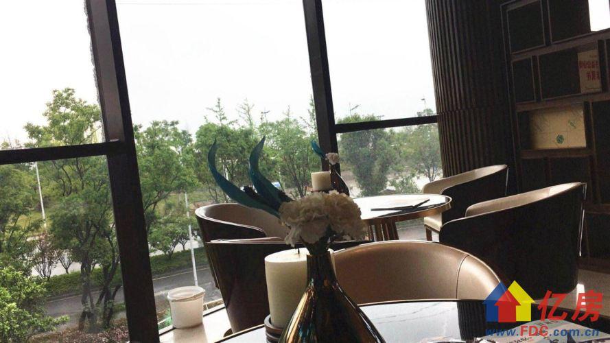 一线江景 收官之作还有一套27楼234平 错过从此与江山无缘,武汉青山区建二武汉市青山区临江大道与园林路交汇处二手房4室 - 亿房网