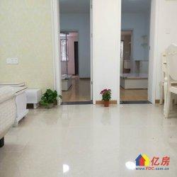 唐蔡路,一楼有大院子的三室二厅,南北通透,精装修,实际面积大