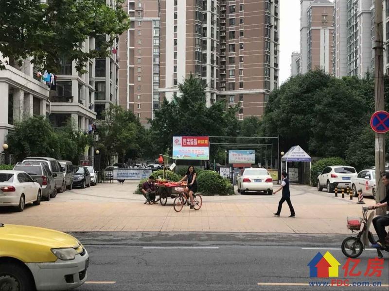 江南春城 真实在售2室2厅 无税 有钥匙随时看房,武汉青山区建二和平大道与建三路交汇处(青山国税局旁边)二手房2室 - 亿房网