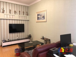 江景大厦精装一室一厅,全明方正户型,总价130万,随时看房