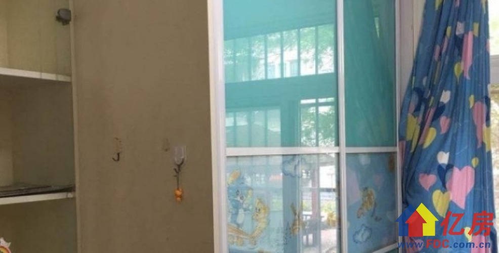 长委上滑坡社区 黄埔东宫旁 新的一栋 老证,武汉江岸区二七工农兵路18号二手房2室 - 亿房网