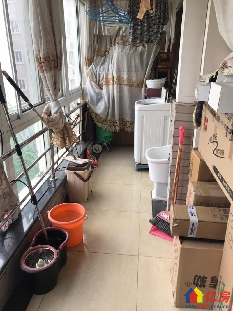 常青花园 精装小三房 两证两年 后期税费少 南北通透,武汉东西湖区常青花园张公堤外机场路旁二手房3室 - 亿房网