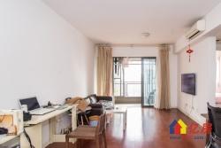 武汉天地高层两房 老证江景住宅。另 有车位。