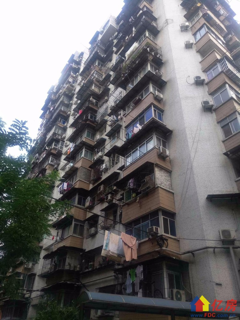 仁义社区2室135万元难得的好户型急售,武汉江岸区永清永清街二中附近仁义社区二手房2室 - 亿房网