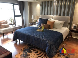 武昌中南路5.2米复式公寓 带天然气 双地铁总价低中南欢乐汇
