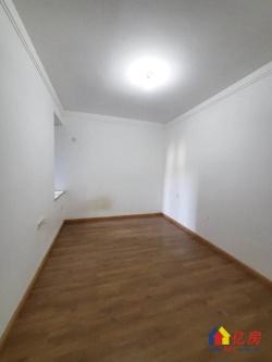 名流世家 12号线地铁口 128万精装两房 看房有钥匙