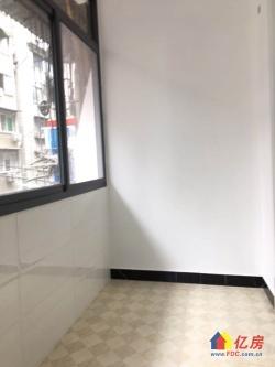 江汉北路(建银小区)精装两房!中间楼层!采光好!户型周正!!