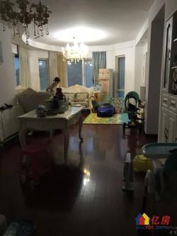 东西湖区 金银湖 万科四季花城 3室2厅2卫  131㎡,精装大三房,诚心出售,看房方便!
