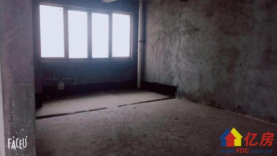 硚口区 宗关 天宇盛世滨江 3室2厅2卫  156㎡,武汉硚口区宗关硚口区汉西一路、沿河大道、崔家墩路交汇处(硚口区政府旁)二手房3室 - 亿房网