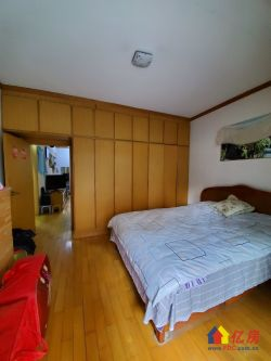 惠誉花园 低楼层 降价急售自住两室  产证满五年且V一