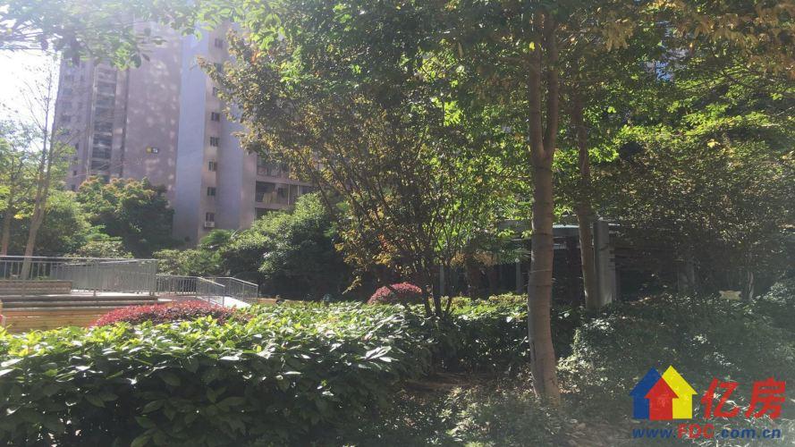 范湖地铁口 万景国际 精装三房两卫 楼层好 老证税费低,武汉江汉区王家墩东青年路378号二手房3室 - 亿房网