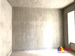 盛世江城 毛坯三室 中间楼栋 采光楼层好 价格实惠 随时看房