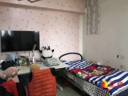江边 六合社区 总价少,精装修,地段优,看房方便,诚心出售!