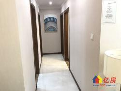 2号线7号线正地铁口,带精装修住宅,三室两厅两卫,可直接认购