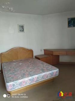 常青一区对口常青一小学区房 中间楼层单价14000急售