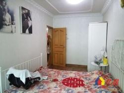 汉西三路云鹤小区,两室出售,先到先得,两房朝南,随时看房.