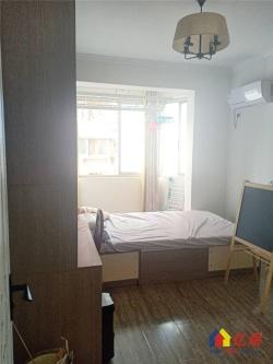 江汉北路循礼门地铁口 金茂小区电梯房精装两室 环境好
