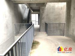 纳帕溪谷 阳光100别墅 送两层地下室 地上三层 带花园