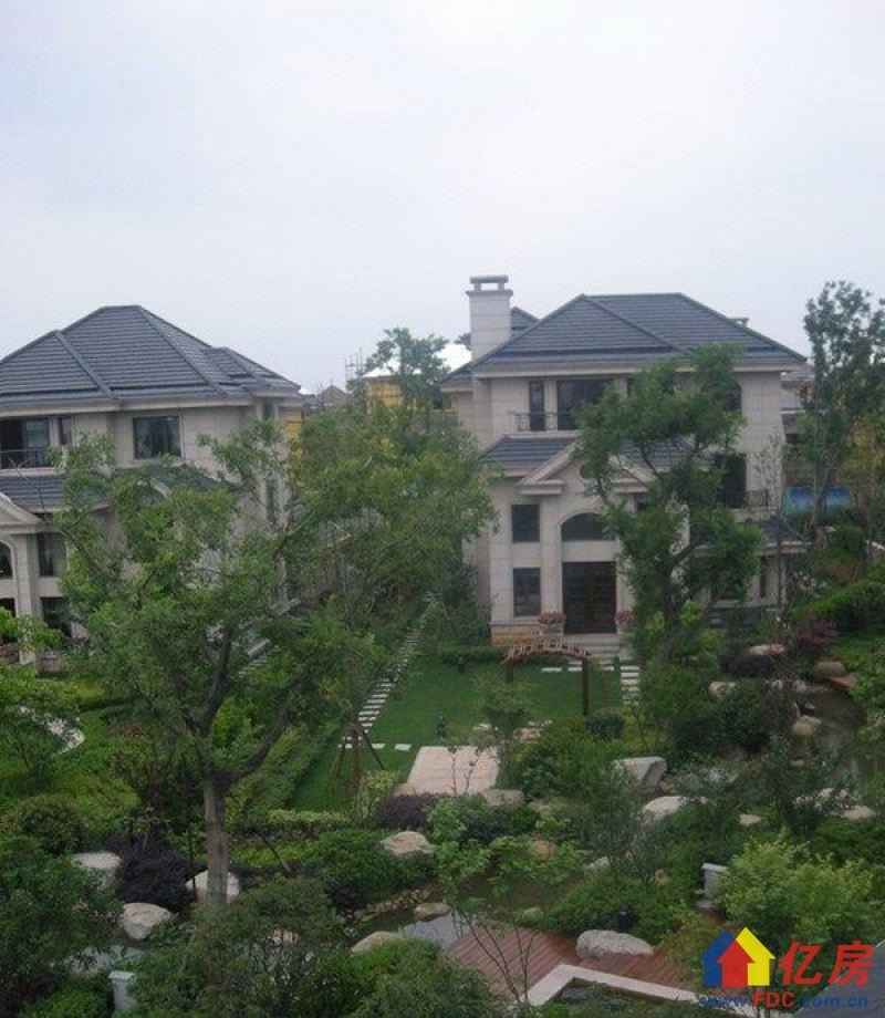 临湖花园面积1200平坐北朝南税费各付价格还可以商谈看房来电,武汉江夏区庙山江夏大道5号二手房6室 - 亿房网