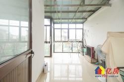 小三层别墅精装修 设施配额齐全拎包入住小区环境优美