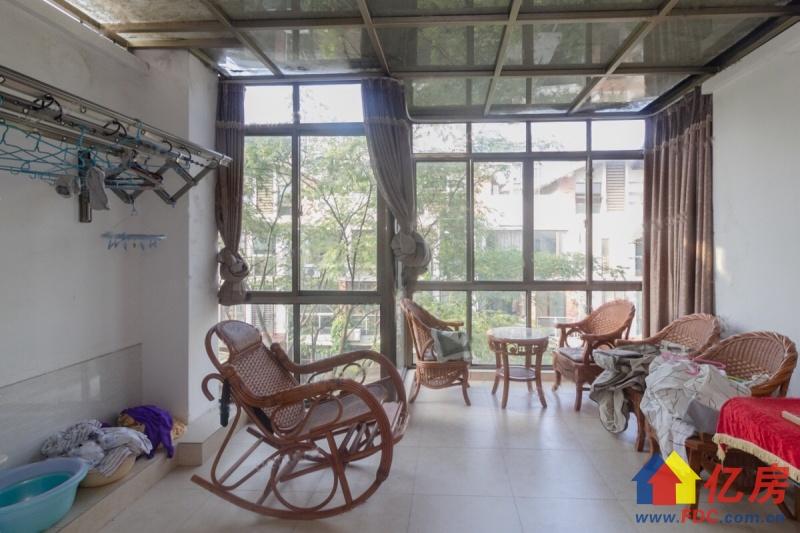 奥林豪装别墅 园林的设计风格 完 美的融合和生活和自然的色彩,武汉东西湖区金银湖金山大道环湖路二手房4室 - 亿房网